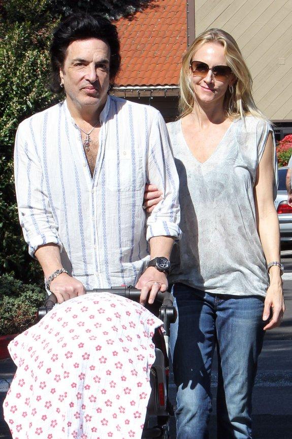 Peter Criss Wife Debra