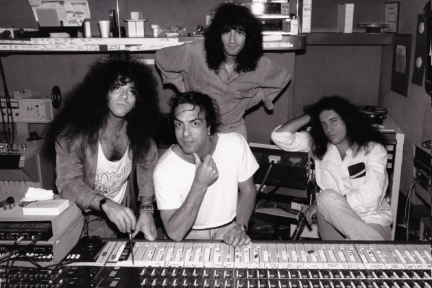 KISS-HITS-Studio-shot-RICK-GOULD-630x420