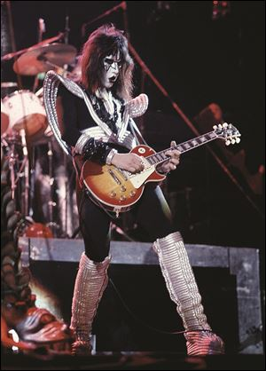AP-COUNTERFEIT-GUITARS-Frehley