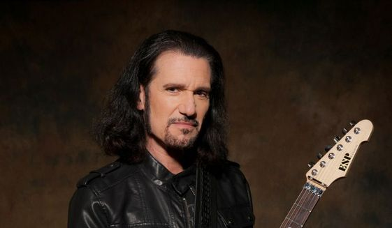 Bruce_Kulick_photo_by_Rick_Gould_c0-52-854-549_s561x327
